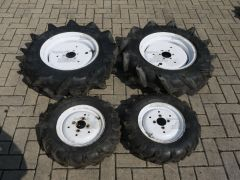 Complete set Kubota wheels